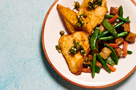 Chicken cutlets with lemon, capers and veggie side